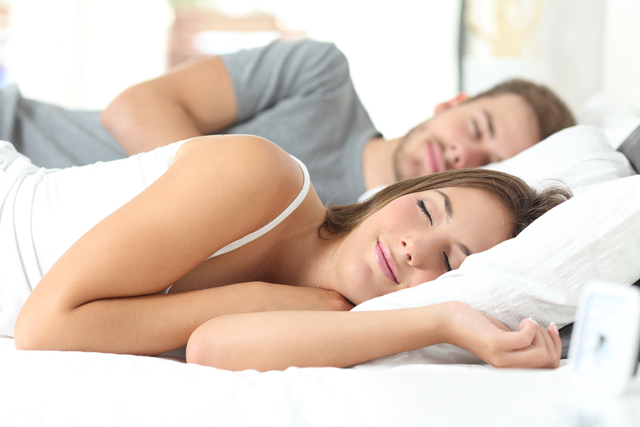 dejar de roncar usando una buena almohada